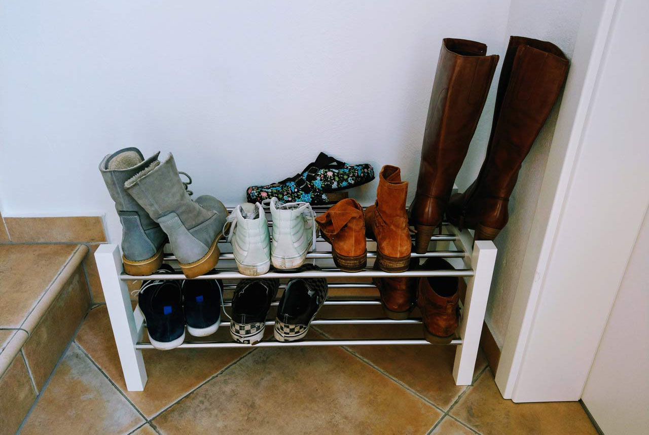 I tidied our entryway area! We now have a shoe rack! Which makes me ridiculously happy!!!